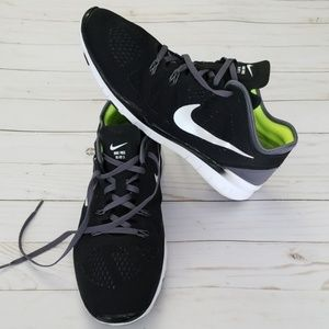 NIKE FREE TR FIT 5 V WOMEN SHOES